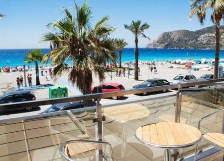 Hostal Boutique La Caleta Bay - inclusief huurauto | opreisvoordebesteprijs