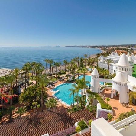 Hotel H10 Estepona Palace - inclusief huurauto | opreisvoordebesteprijs