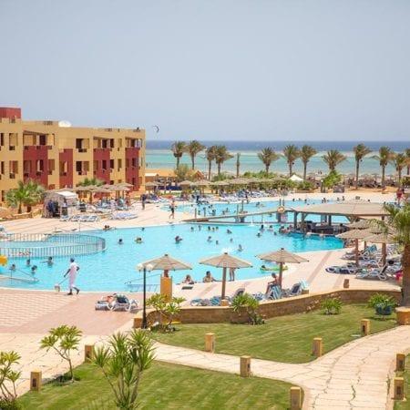 Hotel Royal Tulip Beach Resort | opreisvoordebesteprijs