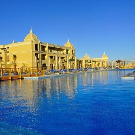 Hotel Titanic Royal Resort | opreisvoordebesteprijs